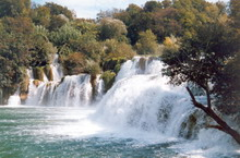 Der Wasserfall Skradinski buk im Krka-Nationalpark. Waterfall Skradinski buk in the Krka national park.